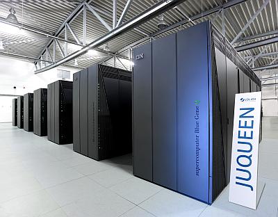 Europas schnellster Super-computer Juqueen schafft nach Angaben des Forschungs-zentrums Jülich 5,9 Petaflopas...